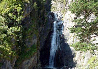 Cascade de la Pisse – Waterval